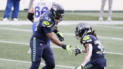 Seahawks Carlos Dunlap...